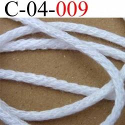 cordon 100 % coton superbe souple et doux couleur blanc lumineux diamètre 4 mm le mètre