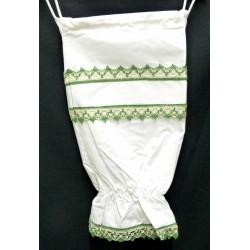sac à sacs à broder blanc dentelle verte toile aida