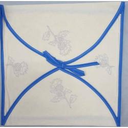 enveloppe coussin à broder toile écru coton motifs végétal biais bleu