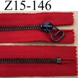 fermeture éclair longueur 15 cm couleur rouge non séparable largeur 3.3 cm glissière métal  largeur 7 mm