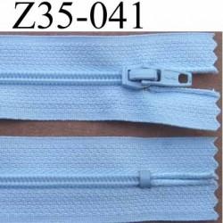 fermeture éclair longueur 35 cm couleur bleu très clair séparable largeur 2.5 cm glissière en nylon largeur 4 mm curseur métal