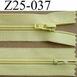fermeture éclair longueur 25 cm couleur jaune non séparable largeur 2.5 cm glissière nylon largeur 4 mm curseur métal