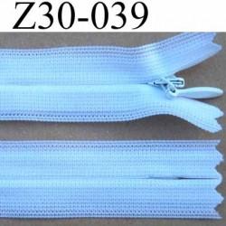 fermeture éclair invisible blanche longueur 30 cm couleur blanc non séparable largeur 2.2 cm glissière zip nylon largeur 4 mm