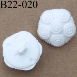bouton 22 mm polyestère couleur blanc accroche un anneau diamètre 22 millimètres