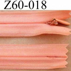 fermeture éclair invisible longueur 60 cm couleur rose orangé saumon non séparable largeur 2.2 cm glissière nylon largeur 4 mm