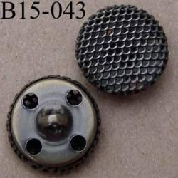 bouton 15 mm en métal accroche avec un anneau ou 4 trous diamètre 15 millimètres