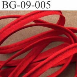 biais galon ruban passe poil en coton couleur rouge  avec cordon coton très solide largeur 9 mm vendu au mètre
