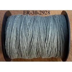 Echevette coton retors réf couleur 2928 gris vert art 89 longueur de bobine 300 m soit 30 échevettes de 10 m 23 cts l'échevette