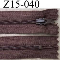fermeture éclair longueur 15 cm couleur marron non séparable largeur 2.5 cm zip nylon largeur de la glissière zip 4 mm