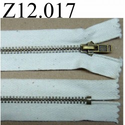 fermeture éclair longueur 12 cm couleur écru avec petit point chiné  non séparable zip métal