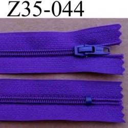 fermeture zip longueur 35 cm couleur violet foncé non séparable largeur 2.5 cm glissière en nylon largeur 4 mm curseur métal