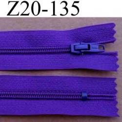 fermeture éclair longueur 20 cm couleur violet foncé non séparable largeur 2.5 cm glissière nylon largeur du zip 4 mm