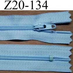 fermeture éclair longueur 20 cm couleur bleu ciel non séparable largeur 2.5 cm glissière nylon largeur du zip 4 mm