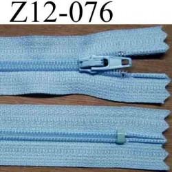fermeture éclair longueur 12 cm couleur bleu ciel non séparable largeur 2.5 cm glissière nylon largeur du zip 4 mm
