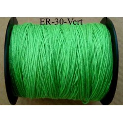 Echevette coton retors réf couleur vert fluo art 89 longueur de bobine 300 m environ soit 30 échevettes de 10 m à 13 cts