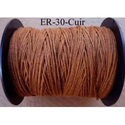 Echevette coton retors réf couleur cuir art 89 longueur de bobine 300 m environ soit 30 échevettes de 10 m à 13 cts