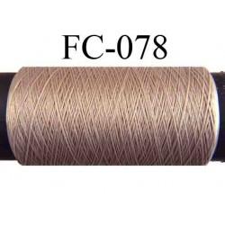 bobine de fil n° 210 mousse texturé polyester couleur marron clair longueur 500 mètres fabriqué en France