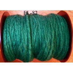 Echevette laine colbert couleur vert longueur de bobine 100 m soit 12 échevettes de 8 m canevas et tapisserie