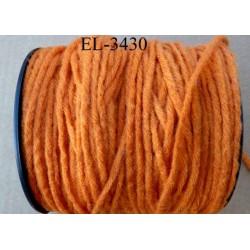 Echevette laine colbert couleur orange longueur de bobine 100 m soit 12 échevettes de 8 m canevas et tapisserie
