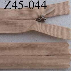 fermeture éclair invisible longueur 45 cm couleur beige non séparable largeur 2.2 cm glissière nylon largeur 4 mm