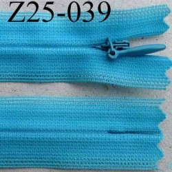 fermeture éclair invisible longueur 25 cm couleur bleu non séparable largeur 2.3 cm glissière nylon largeur 4 mm