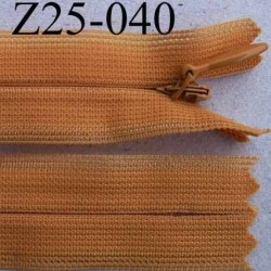 fermeture éclair invisible YKK longueur 25 cm couleur orange non séparable largeur 2.3 cm glissière nylon largeur 4 mm
