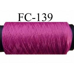 bobine de fil mousse texturé polyester couleur rose fushia longueur de la bobine 500 mètres  fabriqué en France