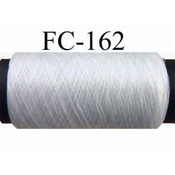 bobine de fil  texturé fin superbe polyester couleur blanc longueur de la bobine de 500 mètres Fabriqué en France