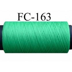 bobine de fil texturé polyester couleur vert longueur de la bobine 500 mètres Fabriqué en France