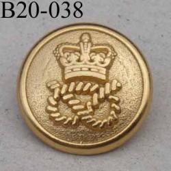 bouton 20 mm en métal doré motif couronne royale accroche avec un anneau  diamètre 20 millimètres