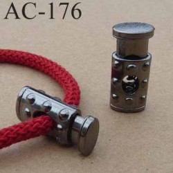 arrêt cordon stop cordon oval en métal  décoré à ressort couleur acier de taille 26 mm x 11 mm  vendu à l'unité