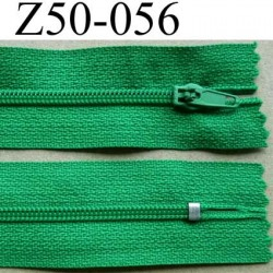 fermeture éclair longueur 50 cm couleur vert non séparable largeur 2.5 cm glissière nylon largeur 4 mm
