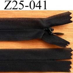 fermeture éclair invisible YKK longueur 25 cm couleur noir non séparable largeur 2.3 cm glissière nylon largeur 4 mm