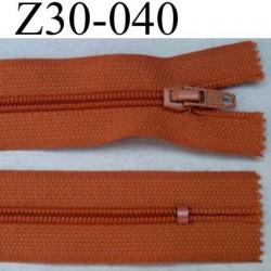 fermeture éclair longueur 30 cm couleur orangé rouille non séparable zip nylon largeur 2,5 cm largeur du zip nylon 4 mm