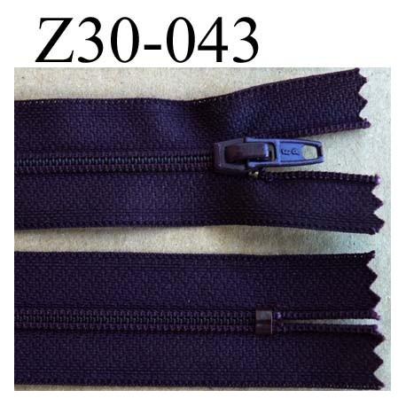 fermeture éclair longueur 30 cm couleur prune violet non séparable zip nylon largeur 2,5 cm largeur du zip nylon 4 mm