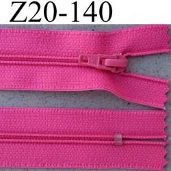 fermeture éclair longueur 20 cm couleur rose fushia non séparable largeur 2.5 cm glissière nylon largeur du zip 4 mm