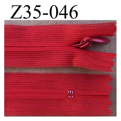 fermeture éclair invisible longueur 35 cm couleur rouge orangé saumon non séparable largeur 2.2 cm glissière nylon largeur 4 mm