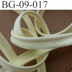 biais galon ruban passepoil en coton couleur jaune pale avec cordon coton très solide largeur 9 mm vendu au mètre