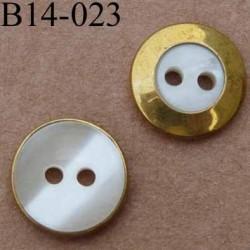 bouton diamètre 14 mm couleur nacre et doré  2 trous