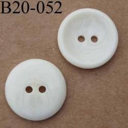 bouton 20 mm couleur ivoire  2 trous diamètre 20 mm