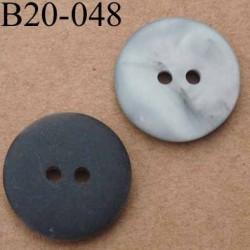 bouton 20 mm couleur noir mat et gris nacré  2 trous diamètre 20 mm