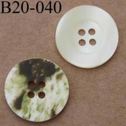bouton 20 mm couleur nacré  et marbré vert 4 trous diamètre 20 mm