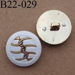 bouton 22 mm métal et pvc couleur blanc et chromé accroche un anneau  diamètre 22 mm