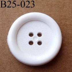 bouton 25 mm  couleur blanc 4  trous diamètre 25 millimètres épaisseur 4 mm