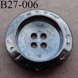 bouton métal 27 mm  couleur acier patiné  4 trous diamètre 27 millimètres épaisseur 6 mm