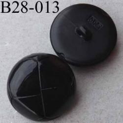 bouton  28 mm  couleur noir brillant façon bouton en cuir accroche un anneau diamètre 28 millimètres épaisseur 8 mm
