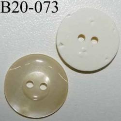 bouton 20 mm couleur ivoire nacré dos blanc large bordure (7 mm) 2 trous diamètre 20 mm