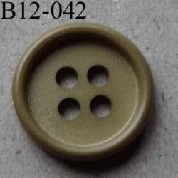 bouton 12 mm couleur beige kaki 4 trous diamètre 12 millimètres