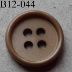 bouton 12 mm couleur camel 4 trous diamètre 12 mm