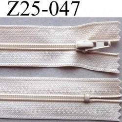 fermeture zip à glissière longueur 25 cm couleur crème non séparable largeur 2.5 cm glissière nylon largeur 4 mm